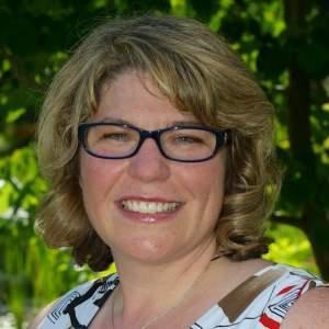 Kim Lawton